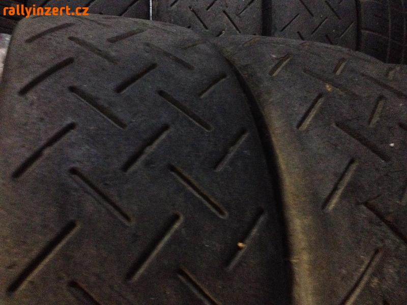 "pneu 18"" Michelin 20/65/18 SA20"