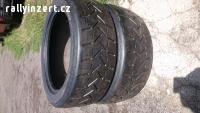 Závodní pneu R17