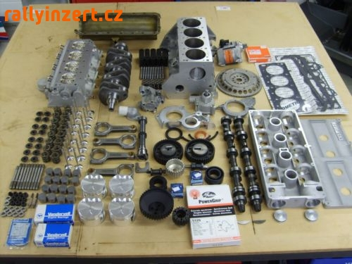 Cosworth Ford 2.0 BDG Engine