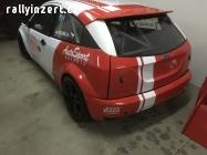 Ford E1-2000 na závody do vrchů
