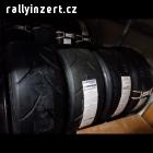 Závodní pneu Avon